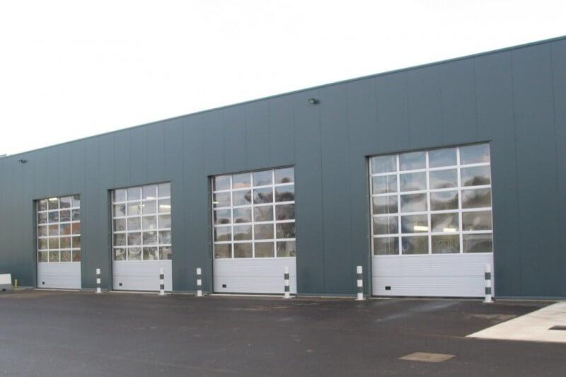 Vaco A40 industriepoorten met full vision panelen