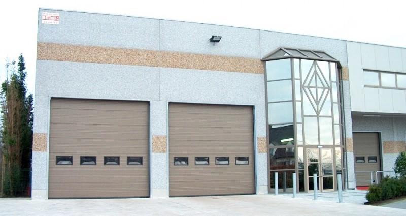 Vaco industriepoort S40 met rechthoekige vensters